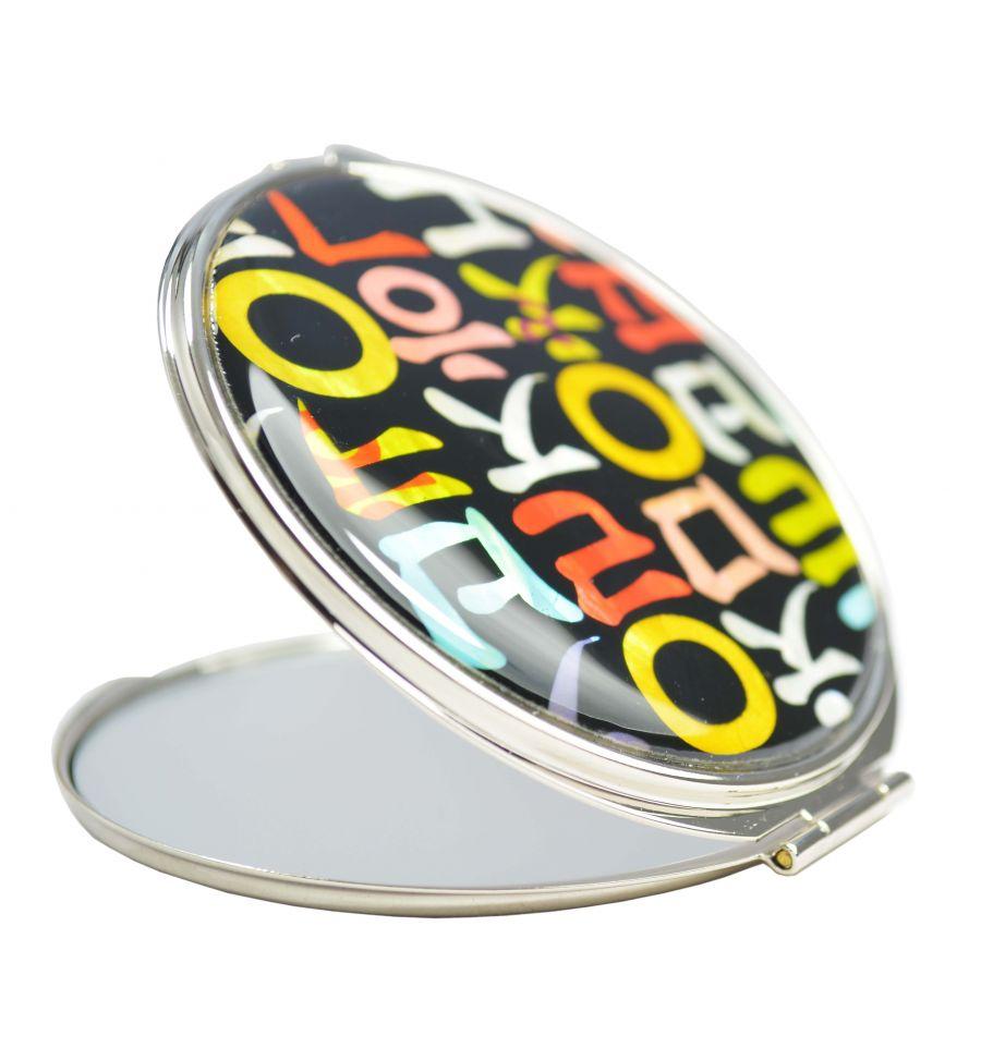 Miroir de poche design alphabet cor en en nacre for Miroir fantaisie design