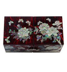 Boite à bijoux rouge aux décors de nacre fleurs et papillons