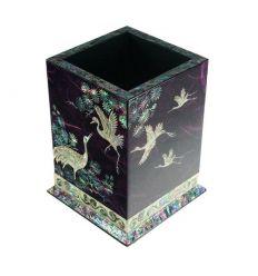 Magnifique pot à crayons de couleur violet au décors de nacre