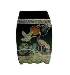 Pôt à crayons en bois avec de belles décorations de style asiatique
