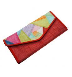Portefeuille fantaisie rouge en tissu ramie et un patchwork décoratif