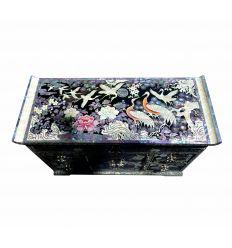 Les décorations de nacre abalone et nacre blanche s'harmonissent à perfection