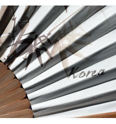 Éventail papier et bambou avec dessins de plants de bambous