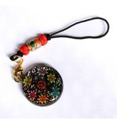 Pendentif décoratif en nacre design fleurs de lys