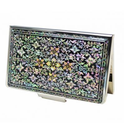 Porte-cartes de visite métal avec un design original d'une arabesque de liere