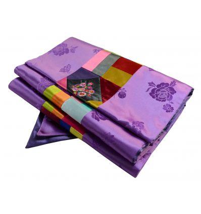 Chemin de table violet en tissu Brocart