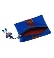 Petite trousse à maquillage de forme carré en tissus bleu